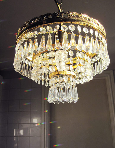 tiered fountain chandelier